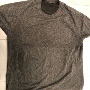 Men's XXL Lululemon T-shirt